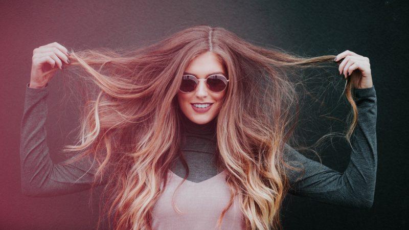 CHI šilkas plaukams: kuo jis naudingas?